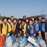 중부동 적십자봉사회·자유총연맹 서천둔치 환경정비