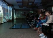 경주엑스포를 방문한 외국인 학생들이 경주타워에서 신라천년, 미래처년 전시를 관람하고 있다